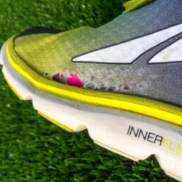 Running shoe. Altra The One 2.5, yellow colour.