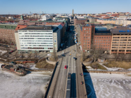 Unioninkatu to the north